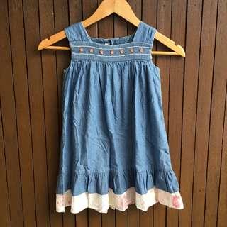 Girls dress (5yrs)