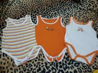 Baby onesies (0-3mos)
