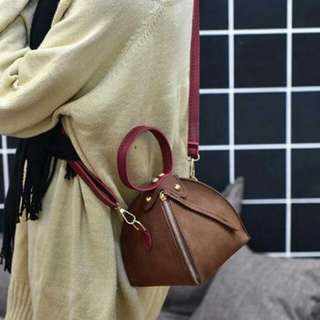 30F60r-Tas- Frosted Triangle Bag Shoulder Mini Bag Brown+Red