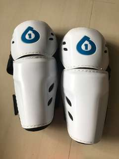 Sixsixone Elbow guards