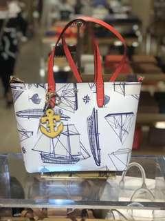 TB 女士帆船涂鸦款手提tote包