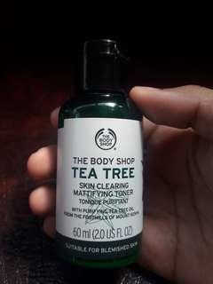 THE BODY SHOP - TEA TREE TONER