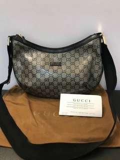 Pre Guccisima sling bag