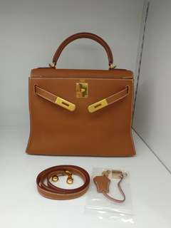 Hermes kelly 28 gold togo