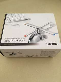 Troika desk helicopter