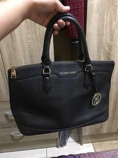 Victoria' s Secret limited edition leather bag