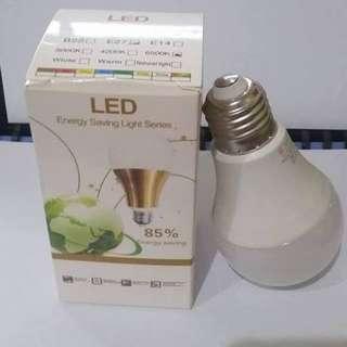 7w Light Sensor Bulb