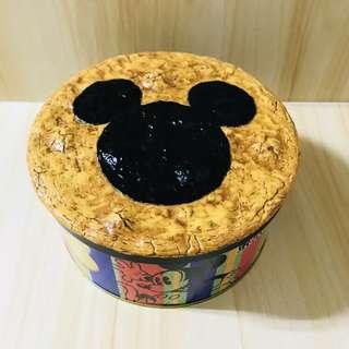 Disney cookie tin - rice cracker cover