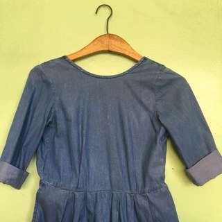 Casual Denim Dress with Pockets (Open Back)