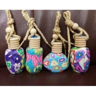 🚚 彩陶香水吊飾彩陶香水吊飾 四種香味 玫瑰  桂花 紫羅蘭 香奈兒