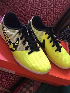 Original Nike Rubber Shoes Elastico Pro III