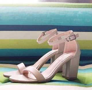 Vanilla shoes maya block nude