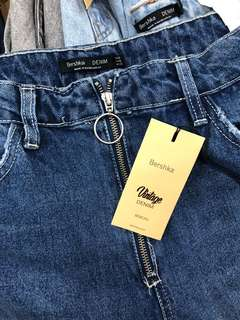 Bershka mom jeans (size 30 only)
