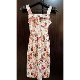 Floral dress 👗 🌸