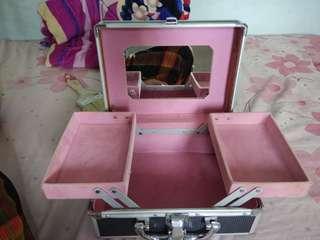 Makeup Box Krisbow
