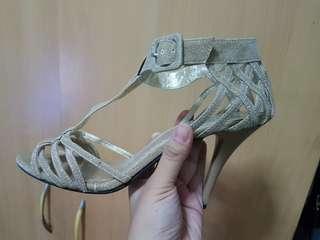 Gibi heels (size 38)