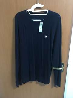 BNWT Abercrombie and Fitch sweater