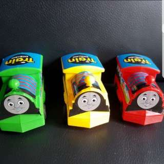 Thomas and Friends Train (pull-back car)