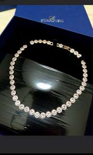Authentic Swarovski necklace MARKDOWN