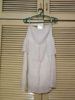 White casual/beach strapless top/dress