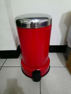 🚚 時尚紅色垃圾桶 自取900