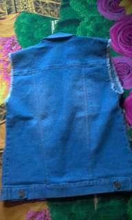 Rompi jeans wanita