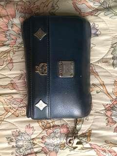 wallet mcm