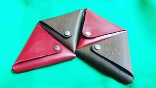 三角皮革收納包