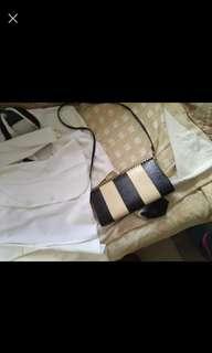 Vintage looking bag