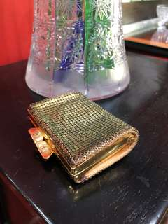 Gorgeous vintage  gold mesh coin purse