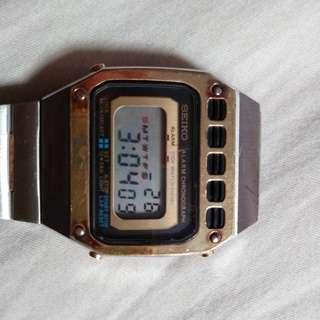 中古電子錶 Seiko 黄燈仔扭底蓋 vintage