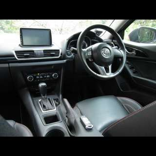 2015 Mazda 3 for rent