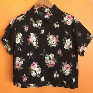 Cropped black floral polo
