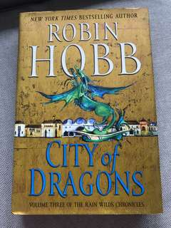 [hardcover] city of dragons by robin hobb