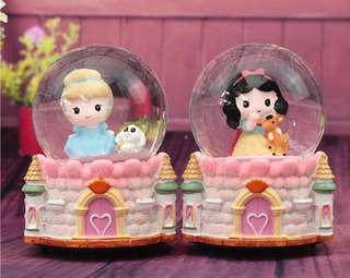 Disney Princess Snow Globe Musical Ball