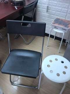 IKEA椅子6張( 黑4張,白2張) 全部130 90% new