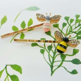 Bee hairpin