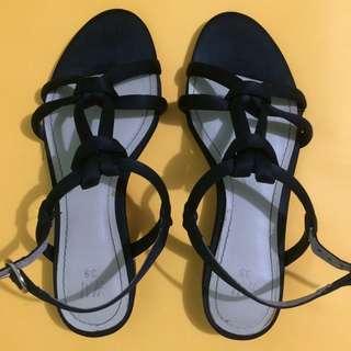 H&M 1/2 Block Sandals
