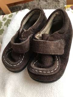 See Kai Run brown baby shoes 6 for 12-14months old
