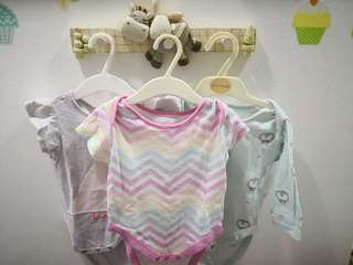 Baby girl clothes mix brands mothercare, gap. 0-6months