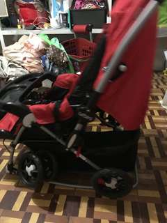 Reversible Baby stroller and rocker 2-in-1