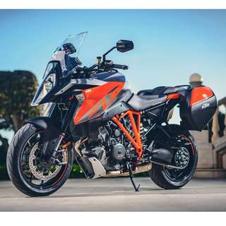 BRAND NEW KTM 1290 SUPER DUKE GT