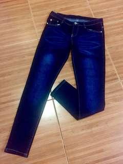 Skinny Jeans (Mid-waist)