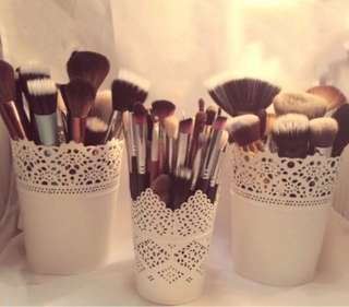 Plastic pot make up brush or pen organizer