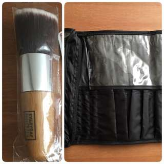 Make up bag & foundation brush