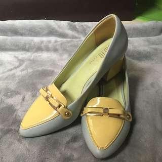 Mint blue heels size 6