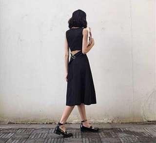🚚 露背洋裝