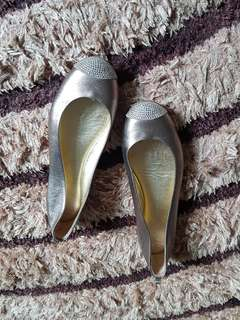 Authentic Giuseppe Zanotti Ballerina Size 37.5