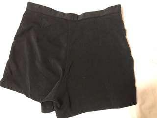🚚 黑色顯瘦褲
