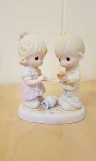 Precious Moments Figurine - Our Love can never be broken
